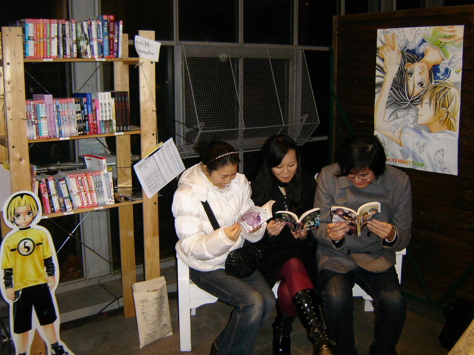 Japan_Week_2011_Wie.MAI.KAI_Leseecke_Palmengarten_wmk_009