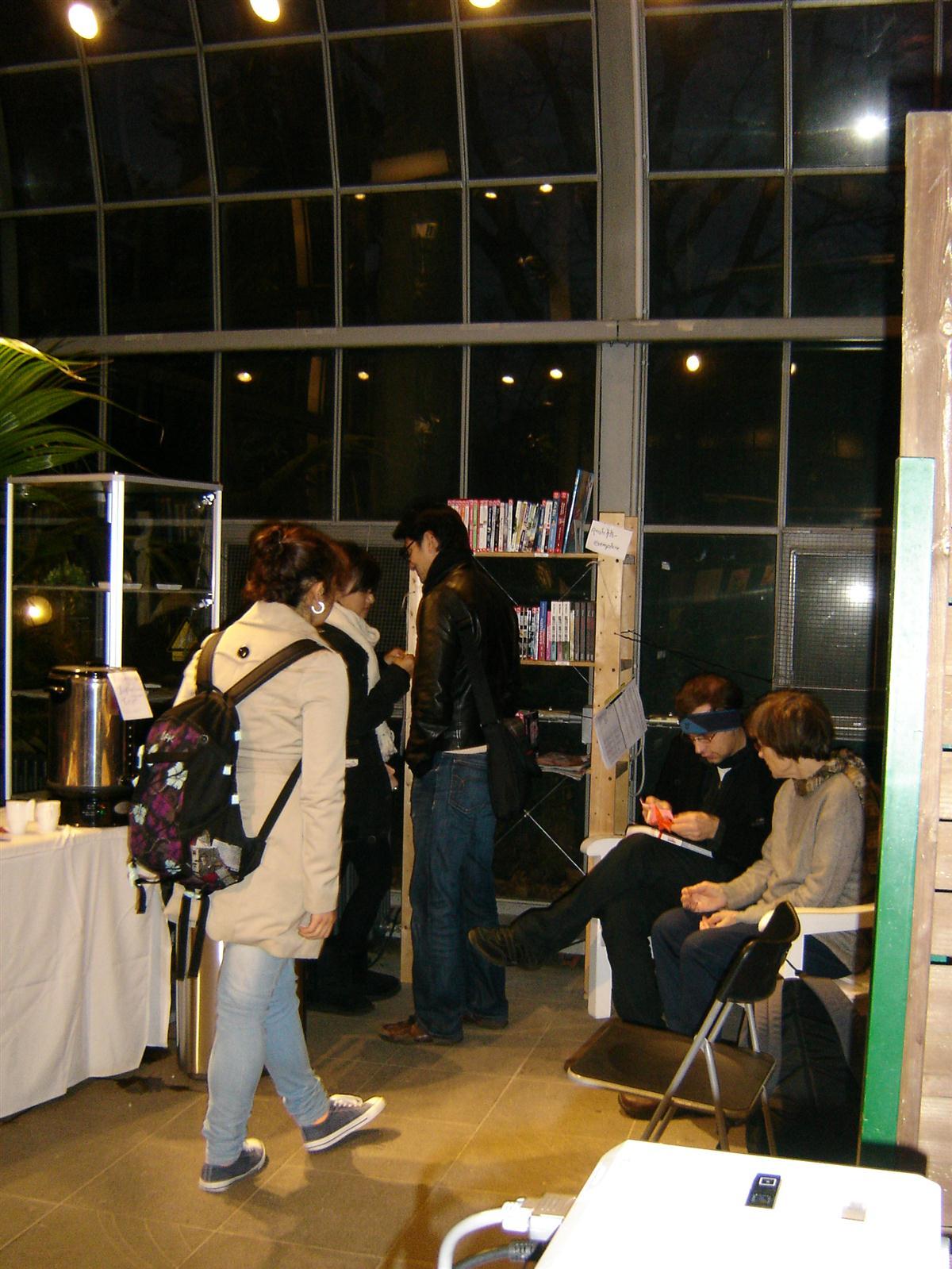 Japan_Week_2011_Wie.MAI.KAI_Leseecke_Palmengarten_wmk_046