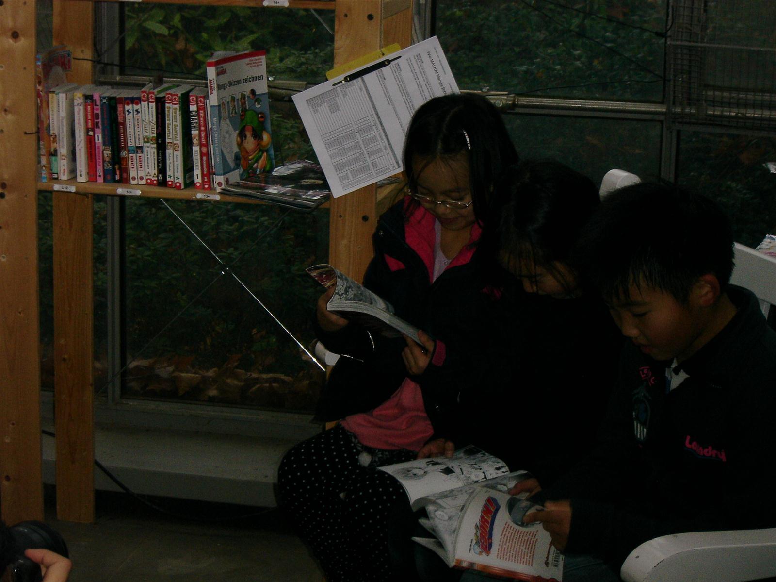Japan_Week_2011_Wie.MAI.KAI_Leseecke_Palmengarten_wmk_058