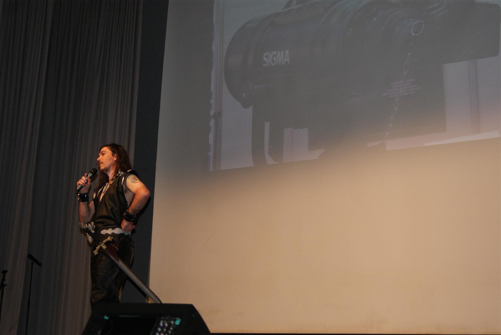 Wie.MAI.KAI Bühne - Shinji Schneider
